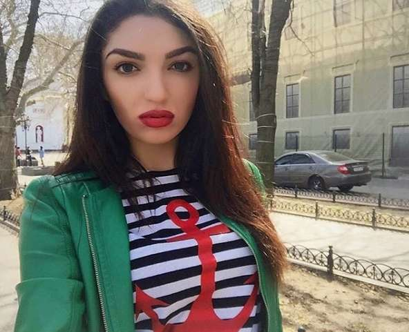 Russian girl whatsapp number
